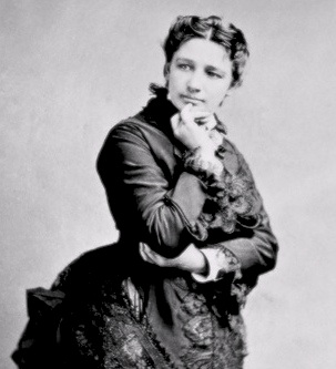 small public domain B&W photo of Victoria Claflin Woodhull